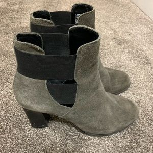 Kenneth Cole Reaction Grey Booties Size 7.5
